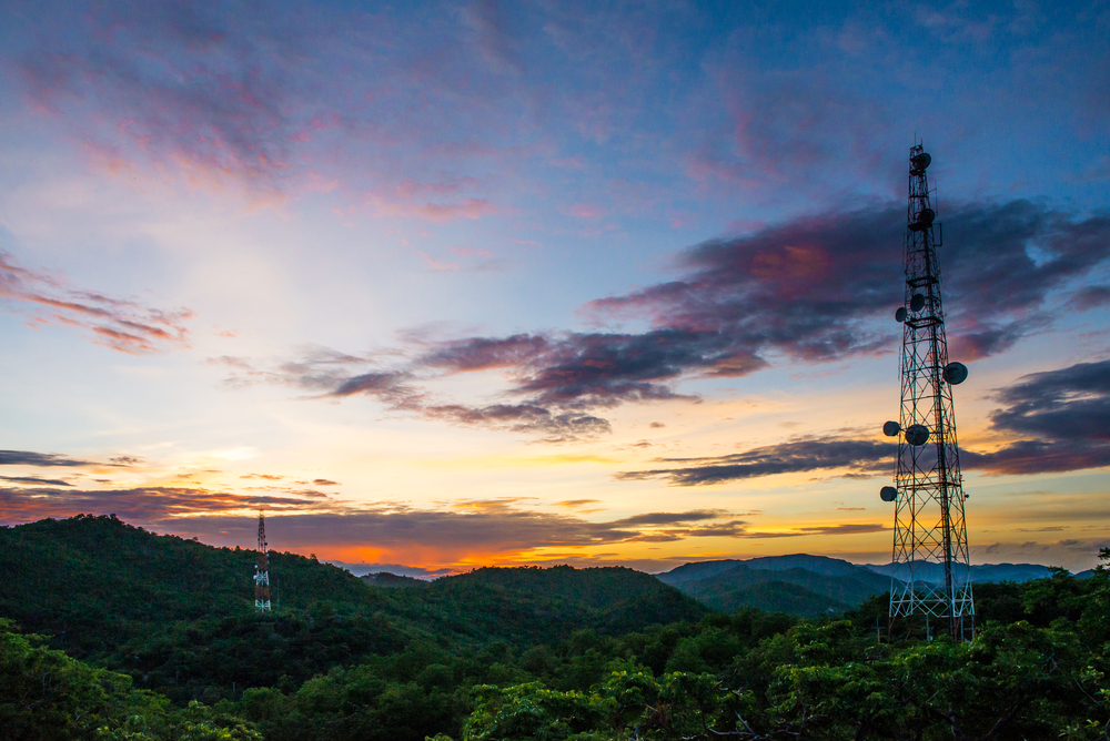 Most Common Mistakes Made by Cell Tower Lease Landowners